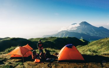 Staying at 1000 stars hotel – Dieng